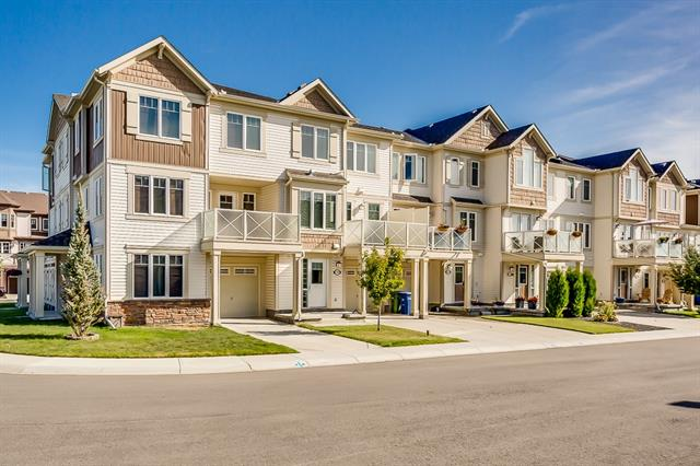 149 WINDSTONE ME SW, 2 bed, 3 bath, at $273,000