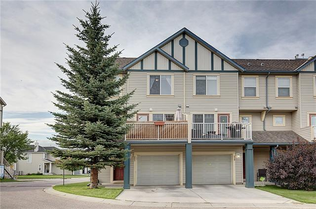 221 COPPERFIELD LN SE, 2 bed, 3 bath, at $264,900