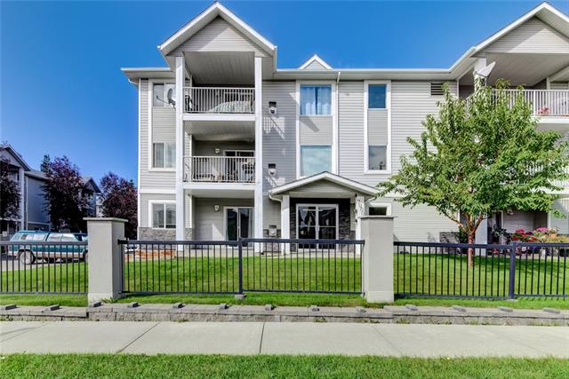 7204 VALLEYVIEW PA SE, 2 bed, 2 bath, at $185,000