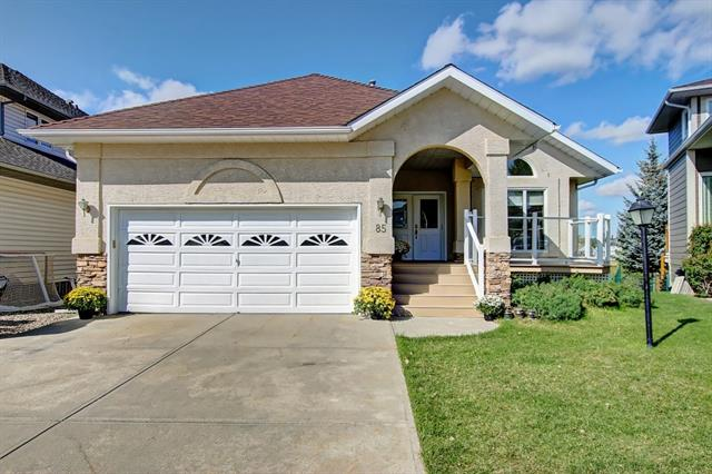 85 ARBOUR RIDGE HT NW, 3 bed, 3 bath, at $648,000