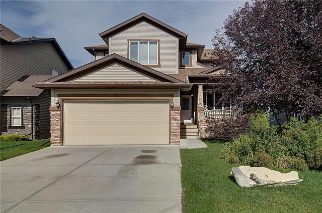 106 COUGARSTONE CR SW, 4 bed, 4 bath, at $750,000