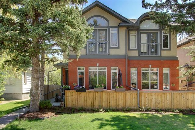 #1 1918 33 ST SW, 3 bed, 3 bath, at $485,000