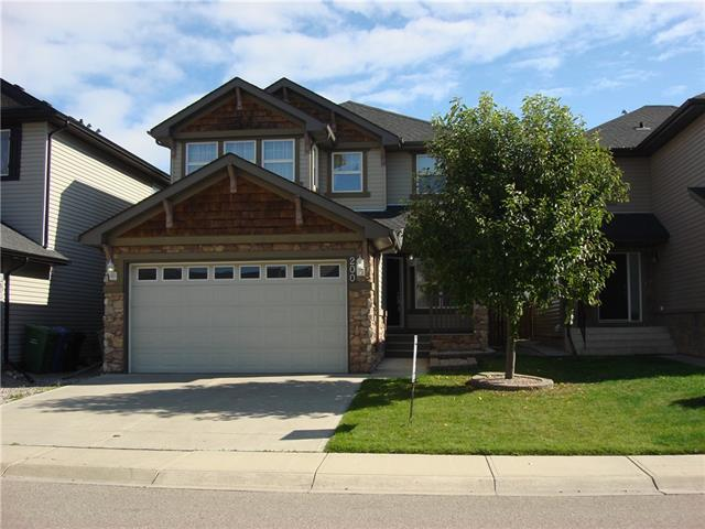 200 KINCORA HL NW, 4 bed, 4 bath, at $499,900
