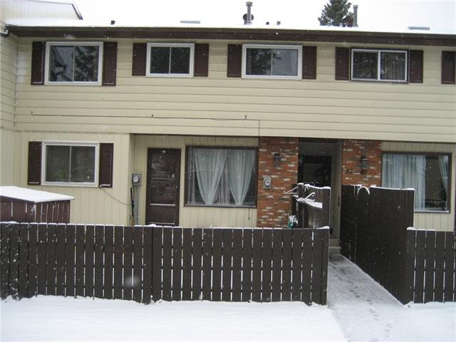 #38 175 MANORA PL NE, 3 bed, 2 bath, at $192,369