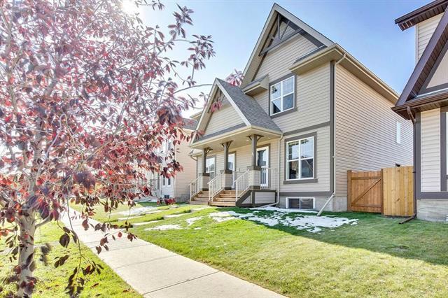 11 Elgin Meadows PA SE, 3 bed, 3 bath, at $344,900