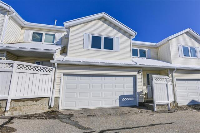 227 EDGEDALE GD NW, 3 bed, 3 bath, at $364,900