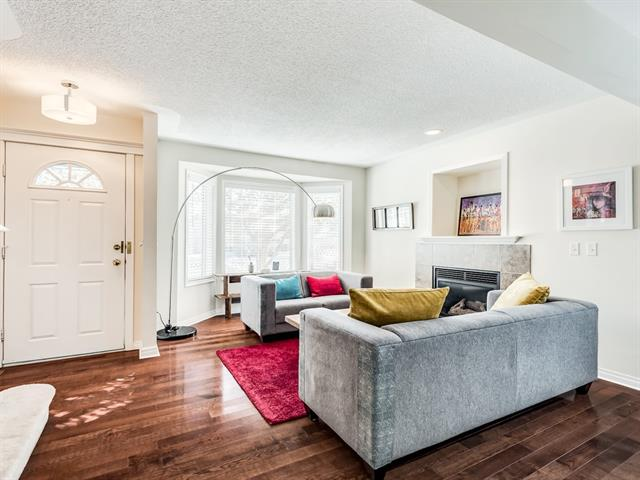 #1 1921 35 ST SW, 2 bed, 3 bath, at $385,000