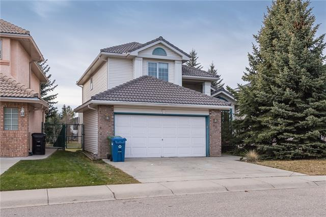 63 WOODPARK CL SW, 3 bed, 3 bath, at $519,900