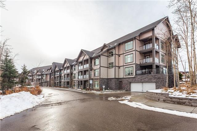 #118 15 ASPENMONT HT SW, 2 bed, 3 bath, at $489,000