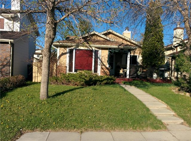 143 BEARBERRY CR NW, 3 bed, 3 bath, at $399,900