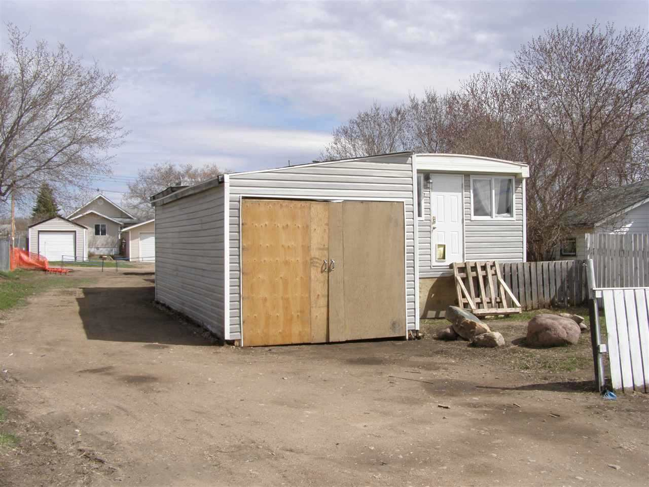 5003 49 Street, 2 bed, 1 bath, at $65,000