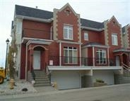 04 8403 164 Avenue, 3 bed, 4 bath, at $329,000