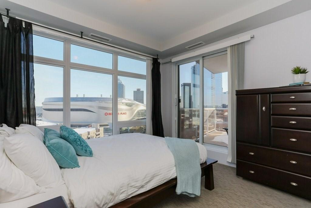 1006 10388 105 Street, 2 bed, 2 bath, at $379,900