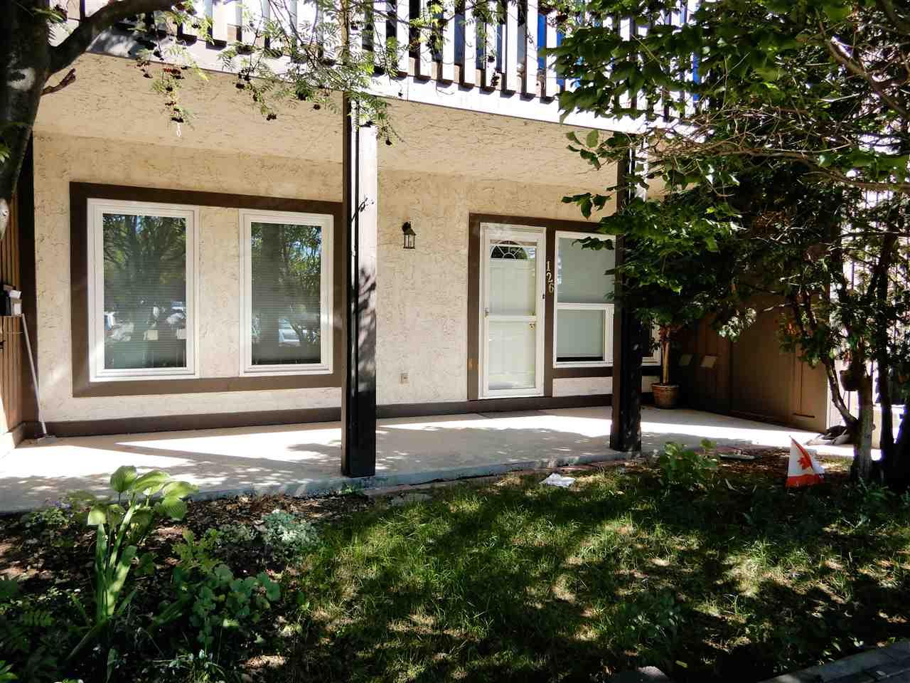 126 SURREY Gardens, 2 bed, 1 bath, at $169,900