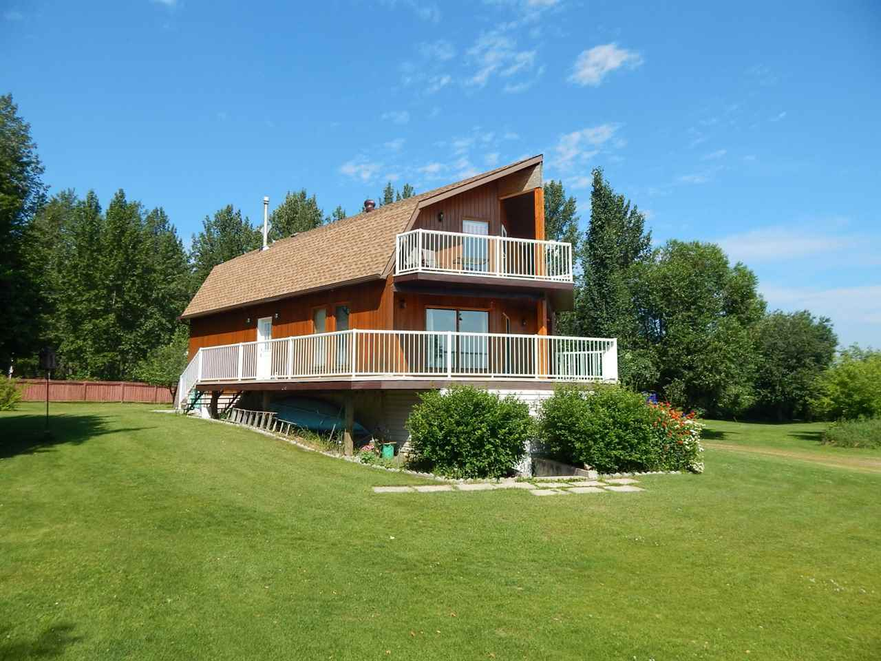 135, 62057 Twp Rd 464, 2 bed, 2 bath, at $699,000