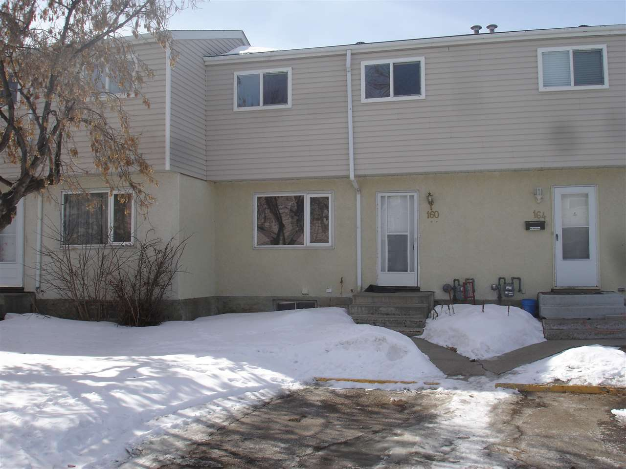 160 HABITAT Crescent, 3 bed, 1 bath, at $149,900