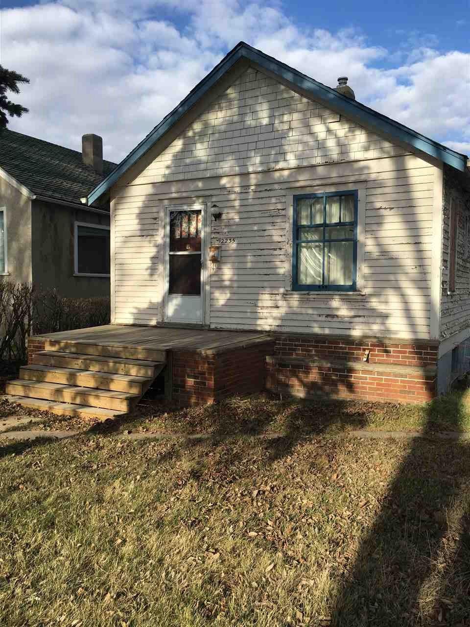 12235 101 Street, 2 bed, 1 bath, at $205,000