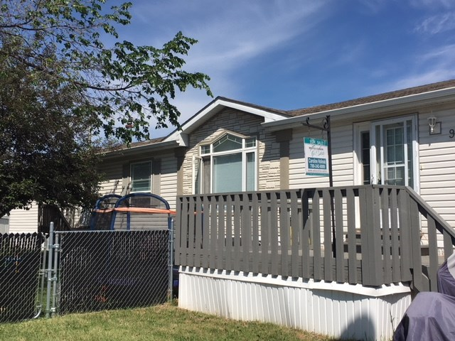 902 Jubilee Close, 3 bed, 2 bath, at $135,000
