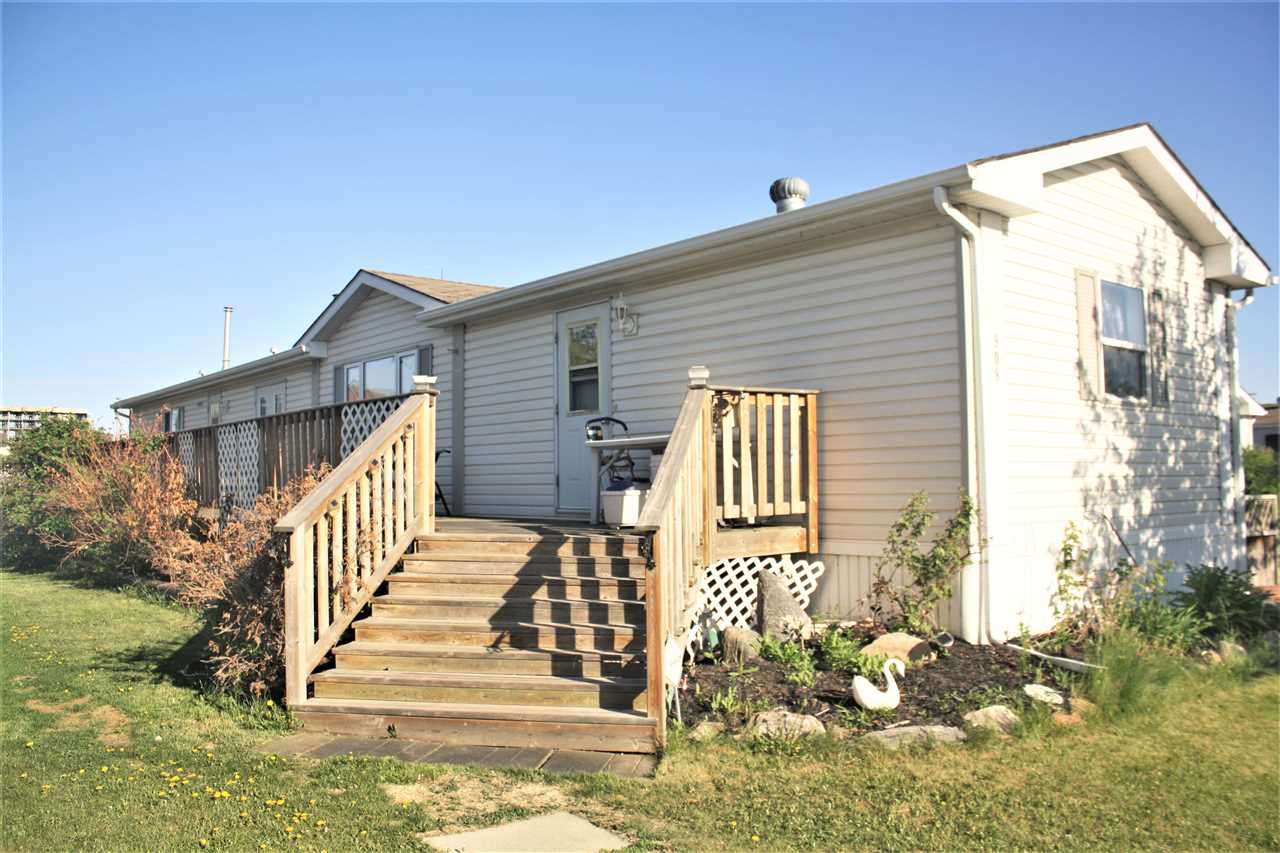 908 Jubilee Close, 3 bed, 2 bath, at $105,000