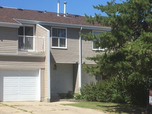 249 CHATEAU Place, 3 bed, 2 bath, at $229,900