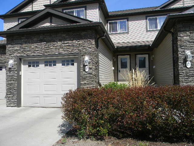 22 2005 70 Street, 3 bed, 3 bath, at $284,500