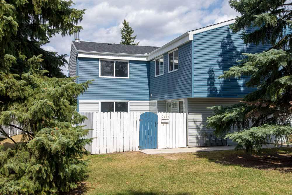 203 14707 53 Avenue, 3 bed, 2 bath, at $239,000