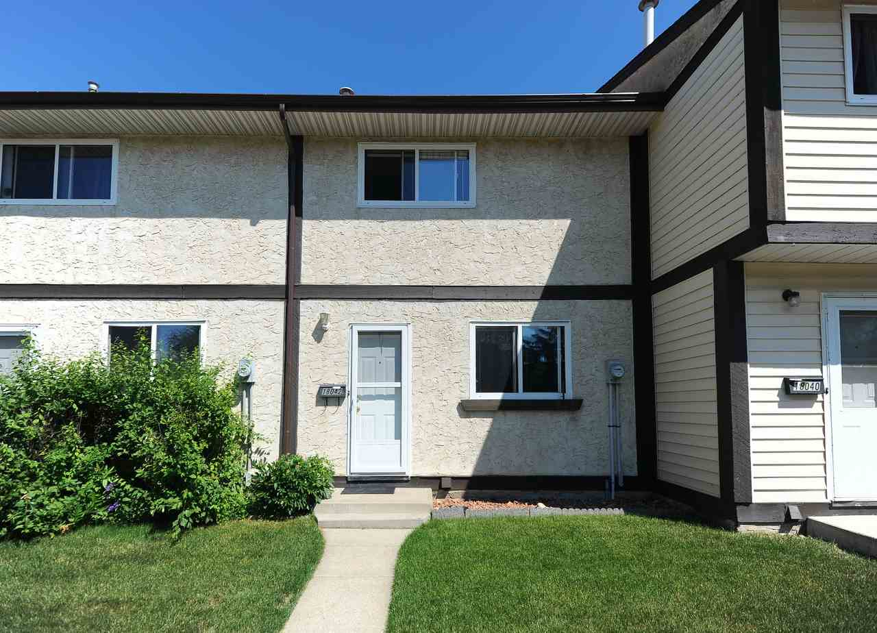 18042 93 Avenue, 3 bed, 2 bath, at $187,900