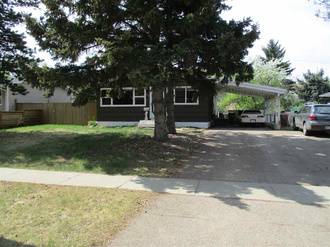 43 Greenview Crescent NW, 4 bed, 2 bath, at $310,000