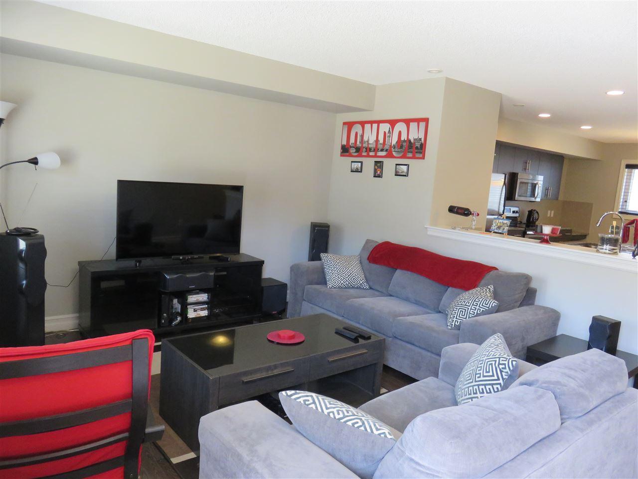 66 5317 3 Avenue, 3 bed, 3 bath, at $280,000
