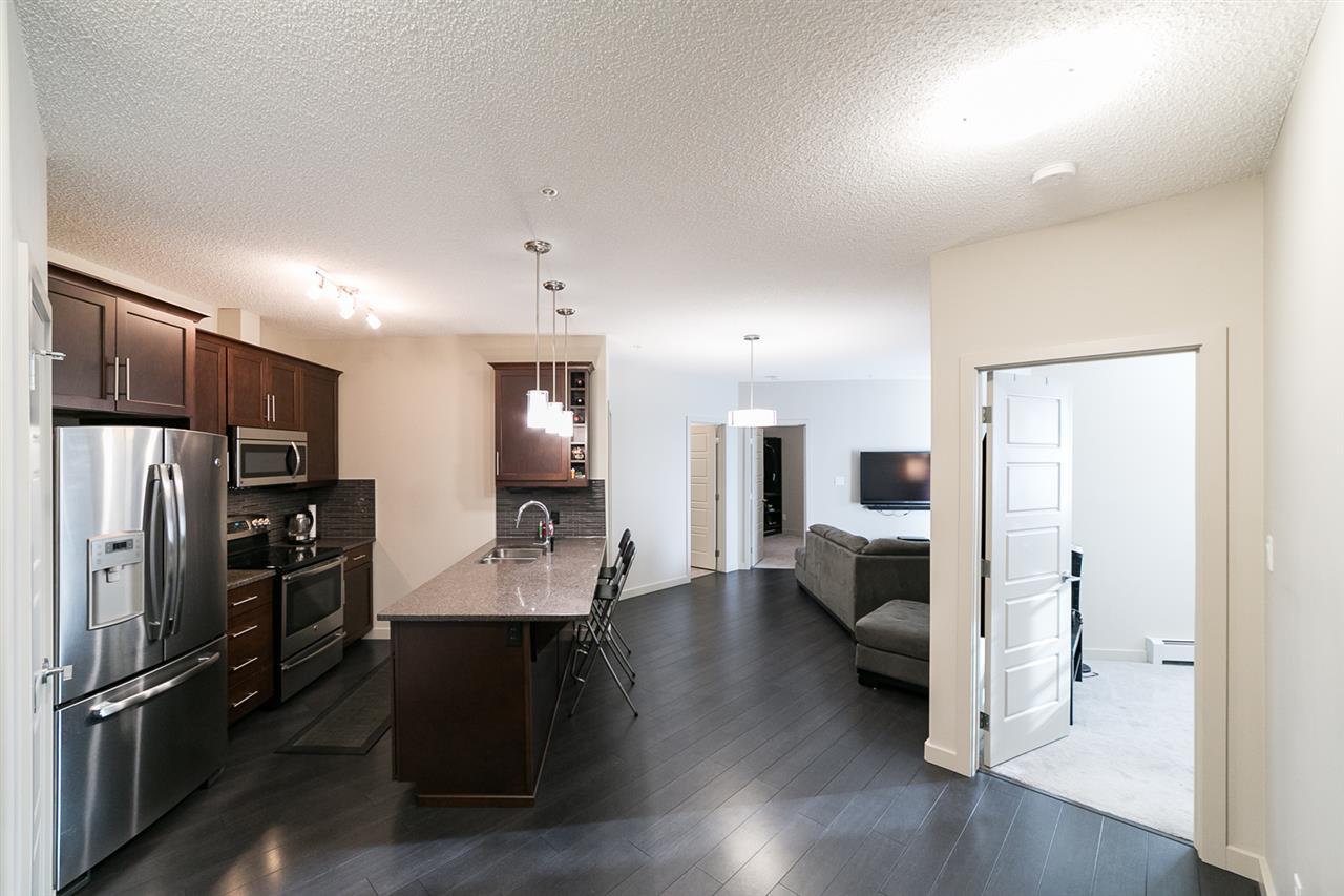 210 1004 ROSENTHAL Boulevard, 2 bed, 2 bath, at $253,000