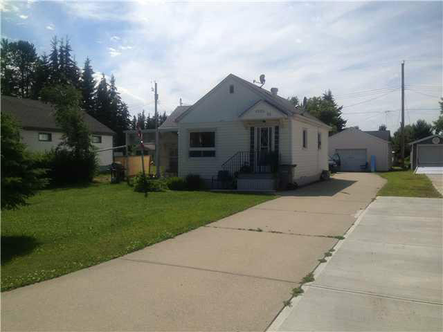 5222 52 Street, 2 bed, 1 bath, at $119,900