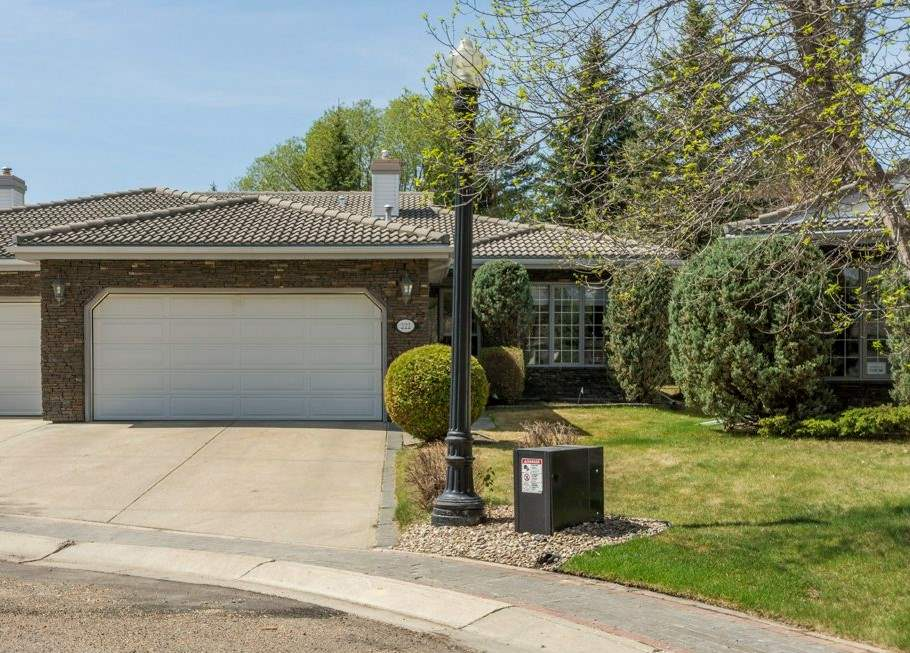 222 country club Point(e), 3 bed, 3 bath, at $654,900