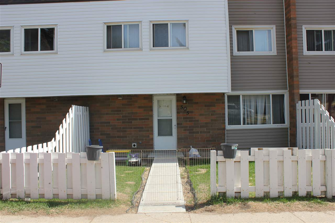 505 2908 116a Avenue, 3 bed, 1 bath, at $99,900