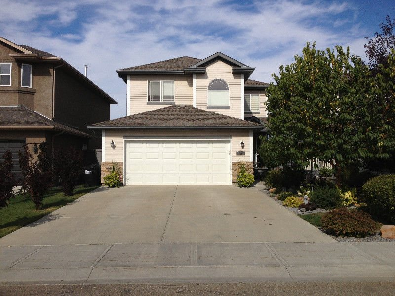 116 Foxtail Point(e), 3 bed, 3 bath, at $539,000