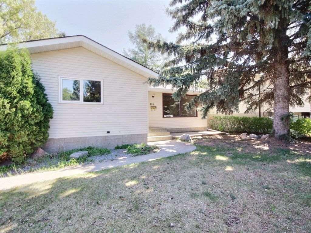 Property, 3 bed, 3 bath, at $306,000