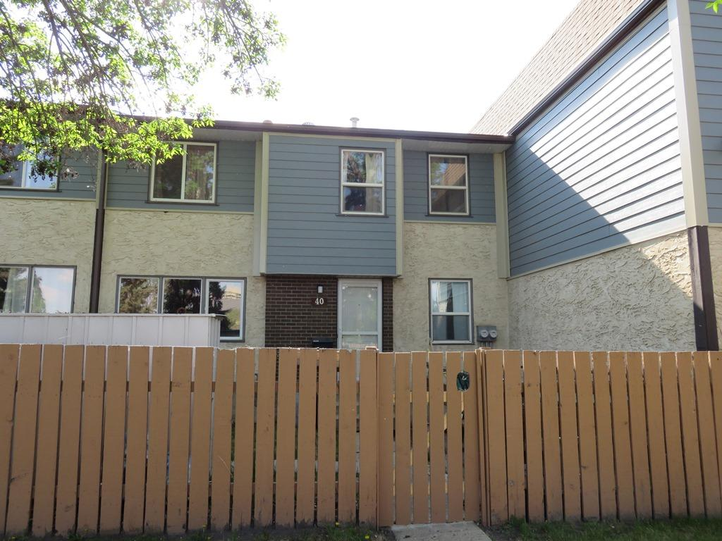 40 Willowdale Place NW, 3 bed, 2 bath, at $169,900