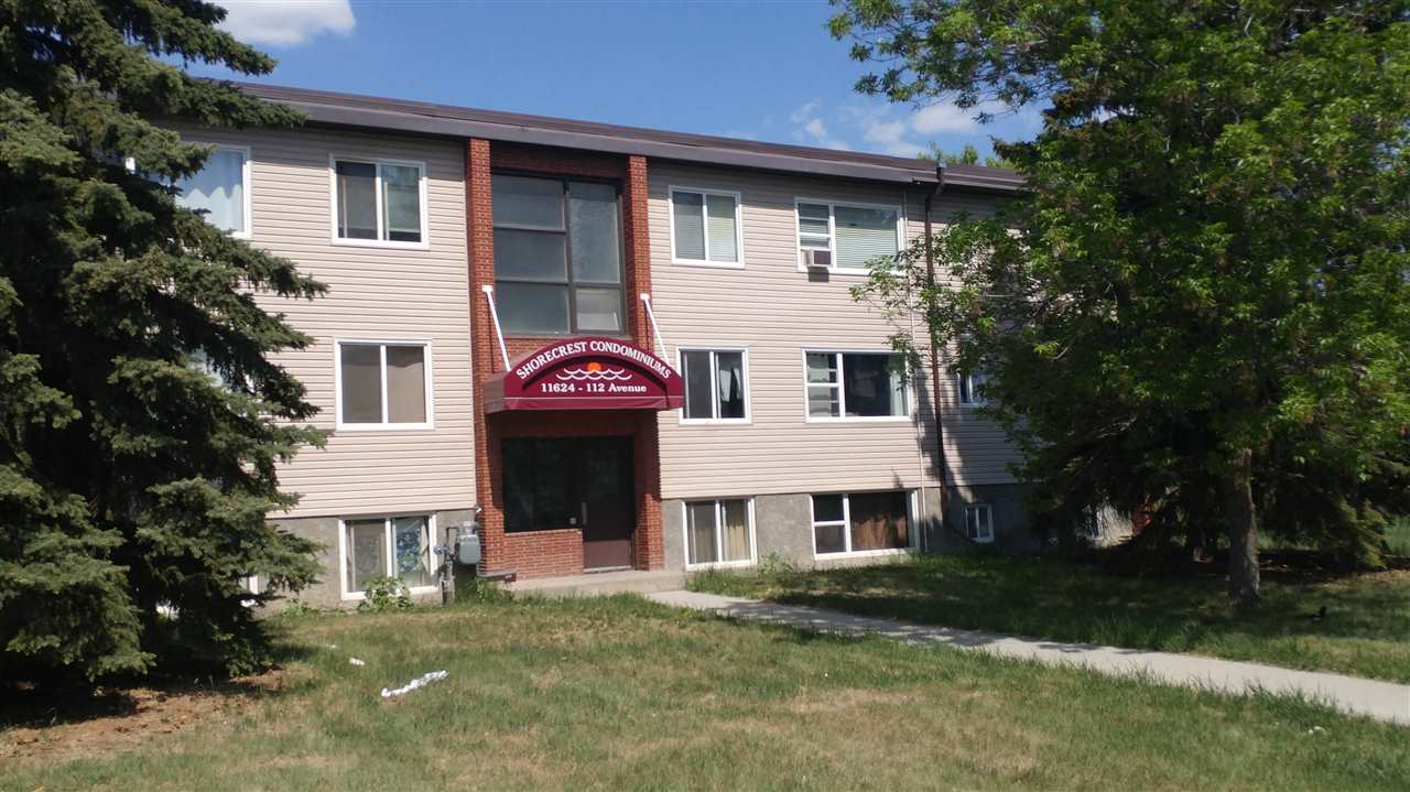 2 11624 112 Avenue, 2 bed, 1 bath, at $117,900