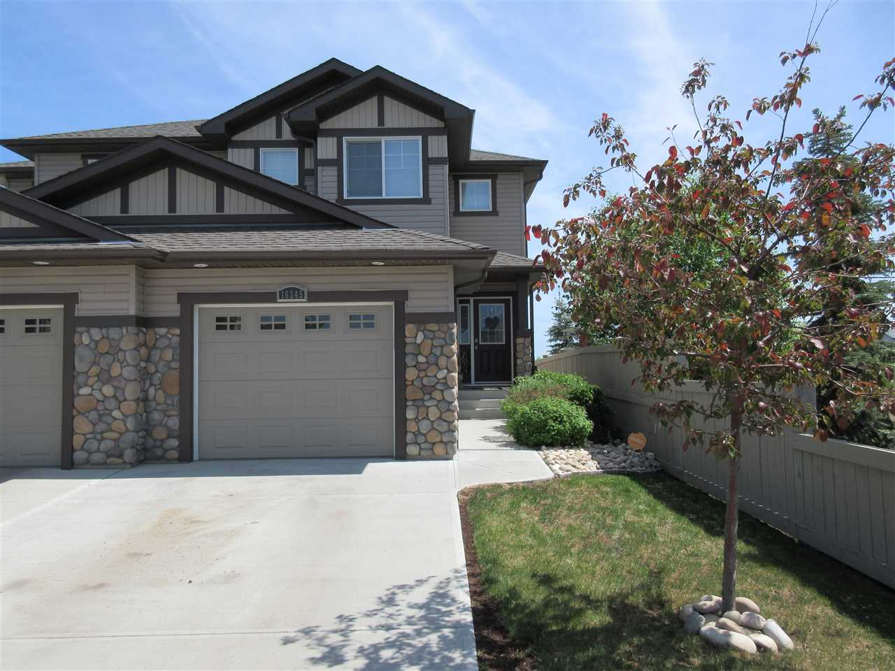 16345 134 Street, 3 bed, 4 bath, at $374,900
