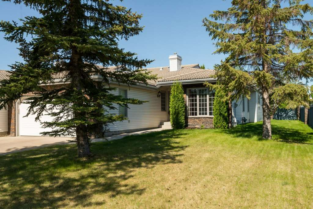 238 Country Club Point(e), 2 bed, 2 bath, at $569,900