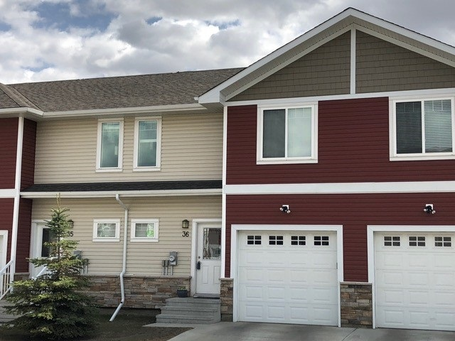 36 450 McConachie Way, 3 bed, 2.2 bath, at $299,900