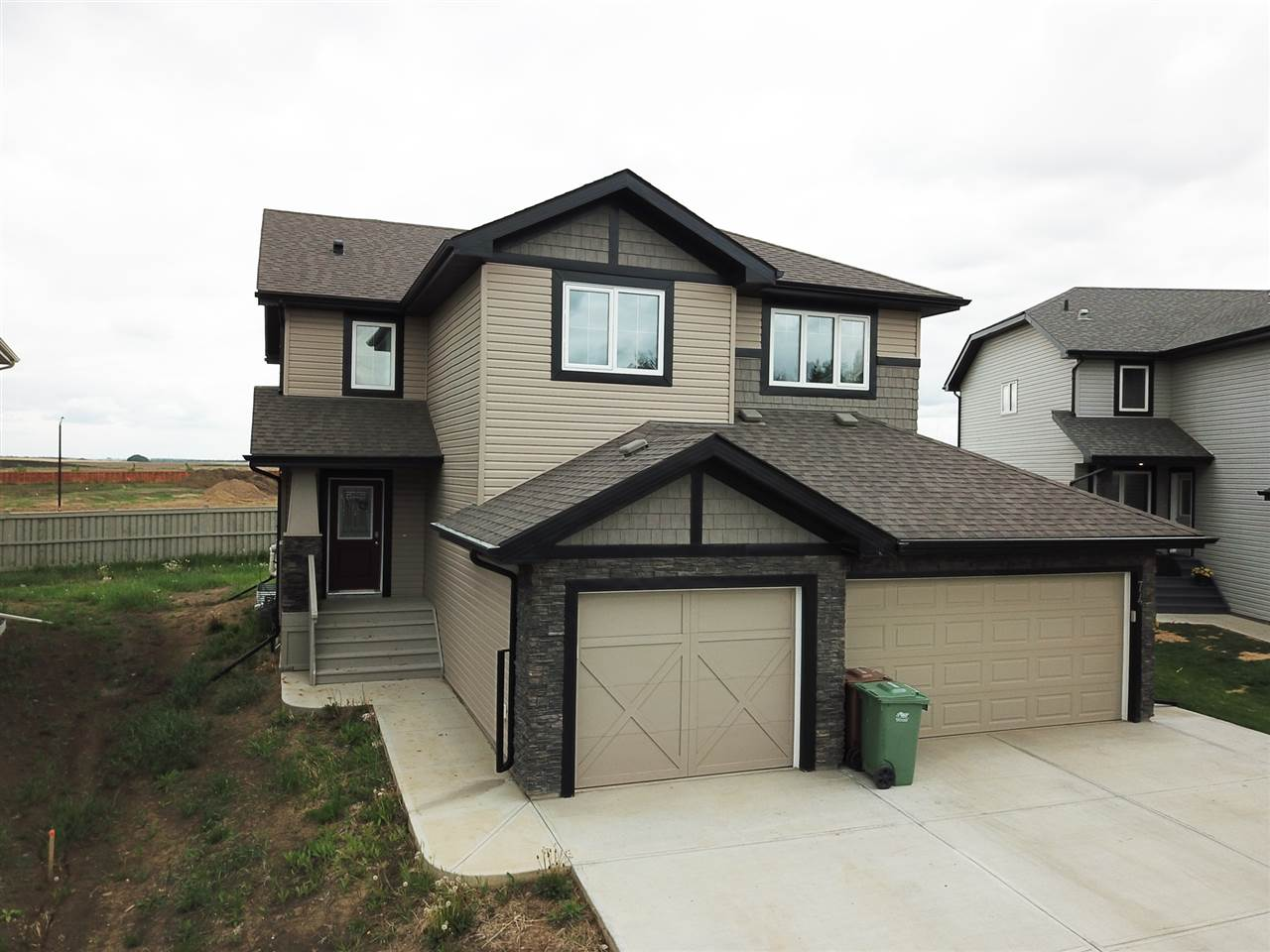 72 RED TAIL Way, 3 bed, 3 bath, at $347,400