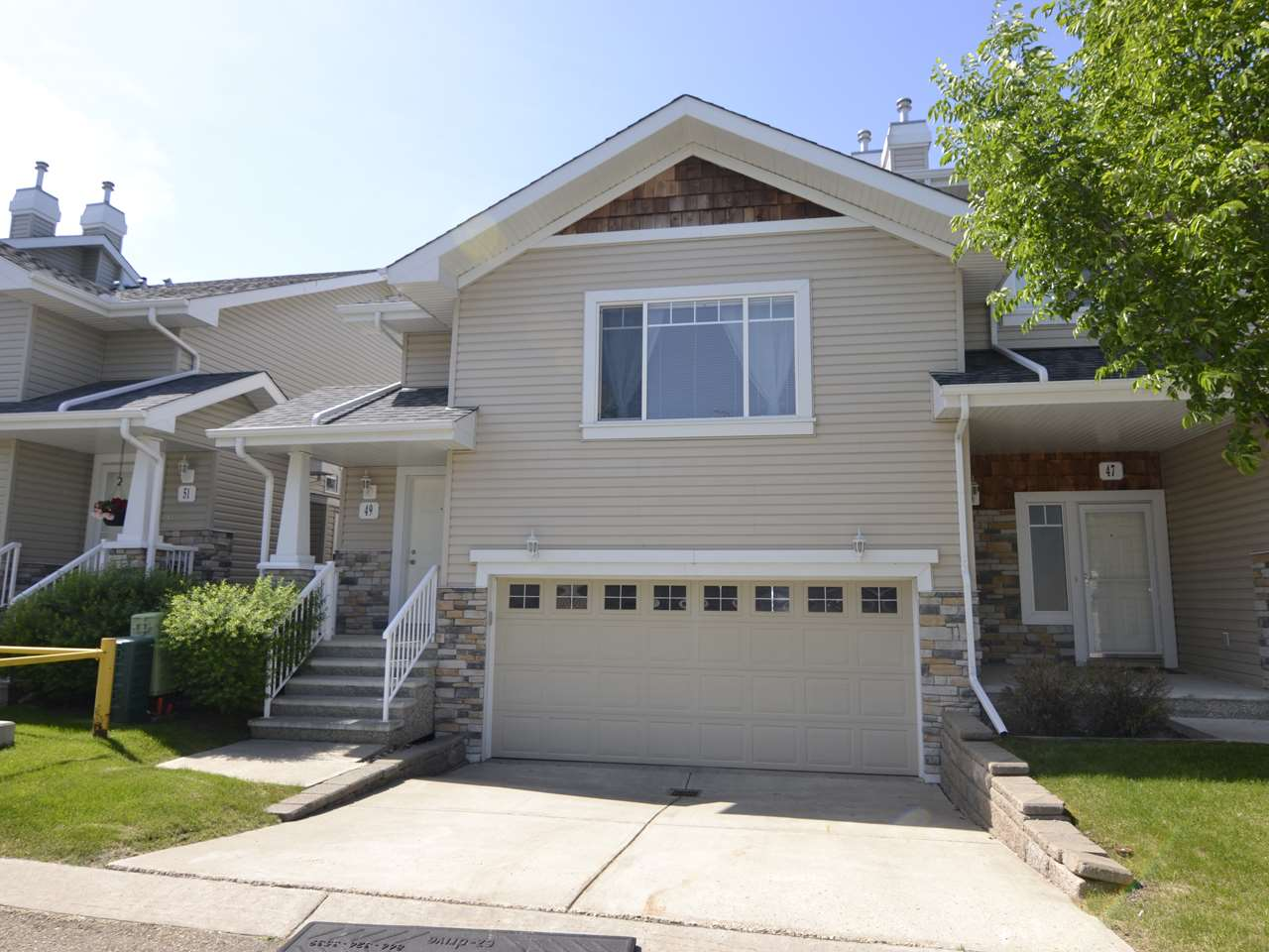 49 2508 Hanna Crescent, 3 bed, 3 bath, at $279,800