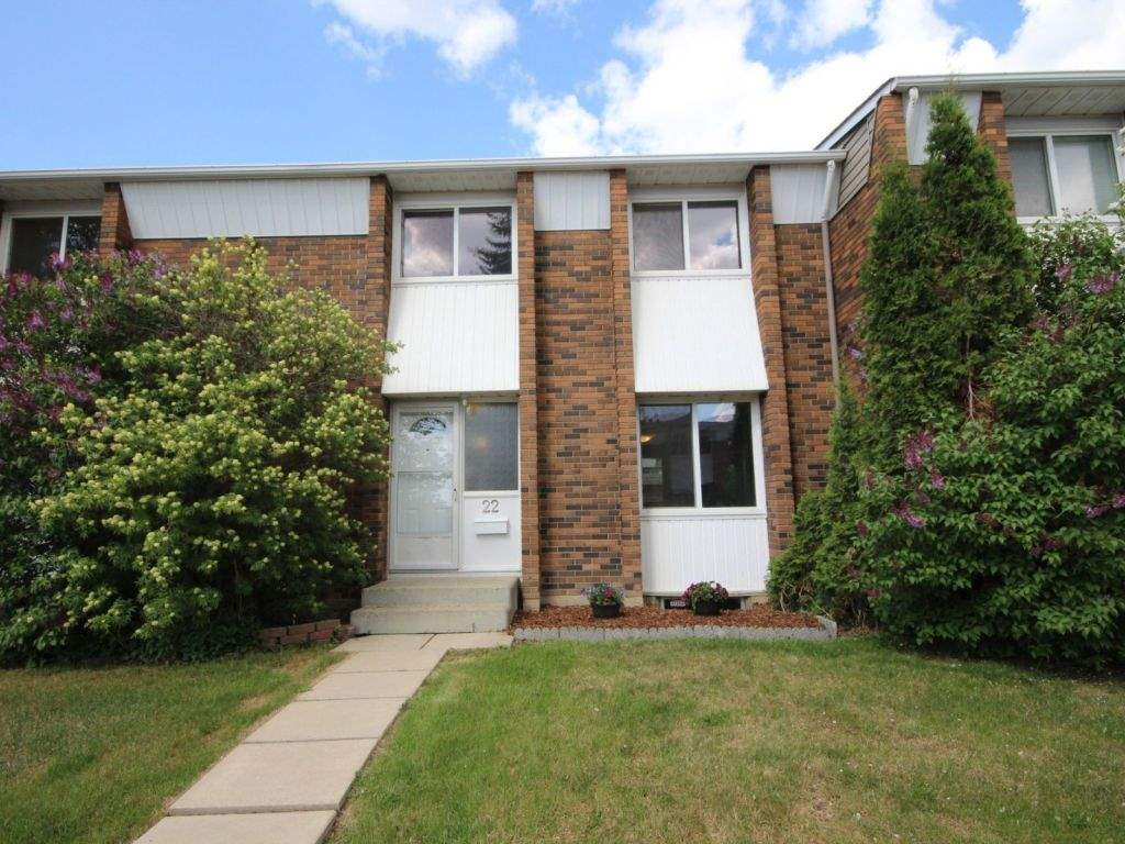 22 Ridgewood Terrace, 3 bed, 3 bath, at $244,900
