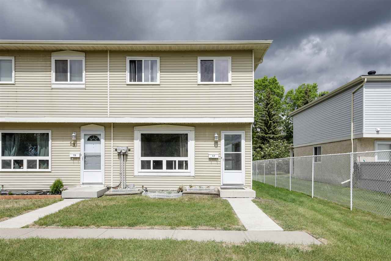 17 2131 Oak Street, 3 bed, 2 bath, at $224,900