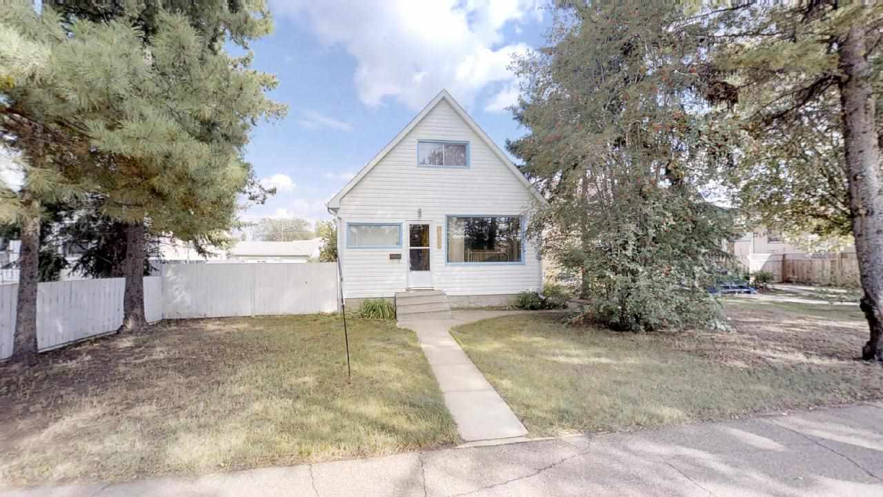 11941 85 Street, 3 bed, 2 bath, at $219,000