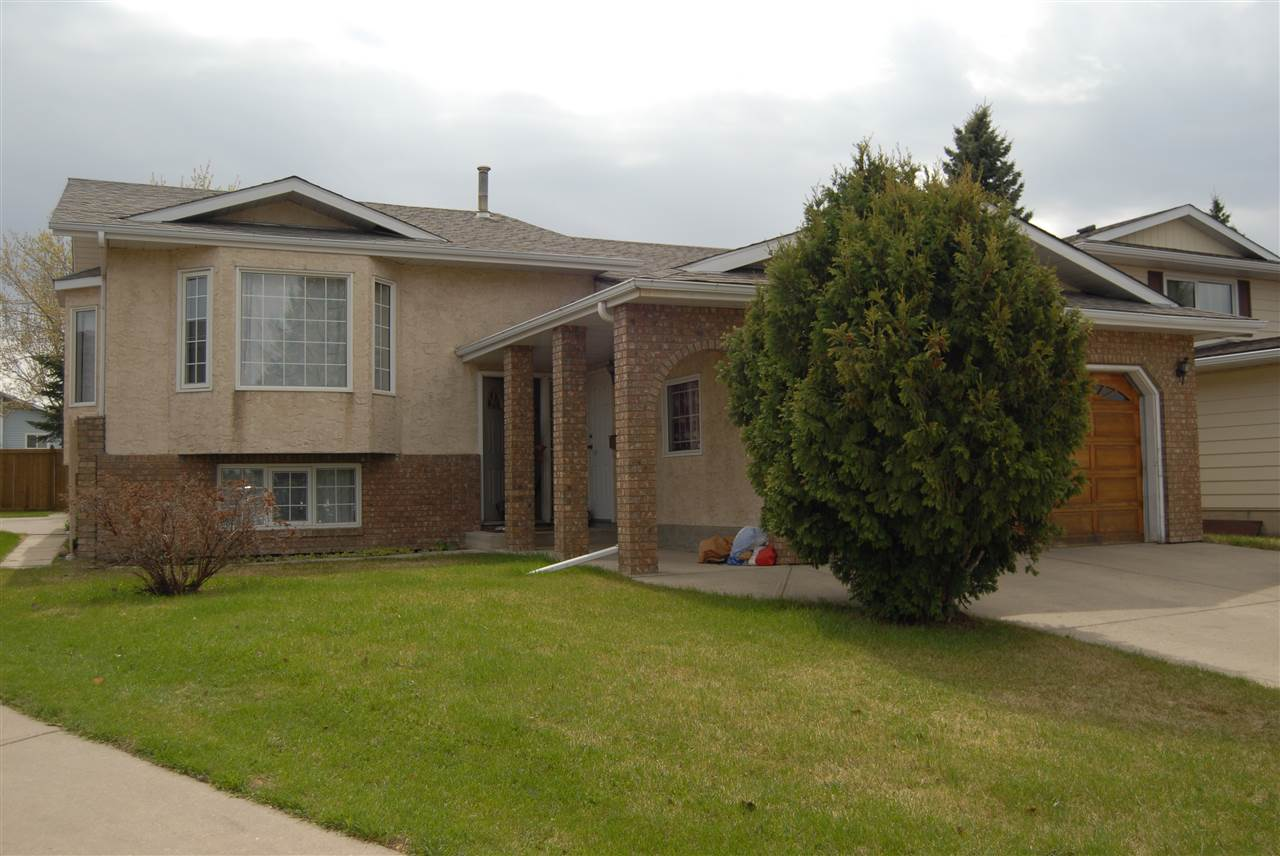 4807 17 Avenue NW, 4 bed, 3 bath, at $389,500
