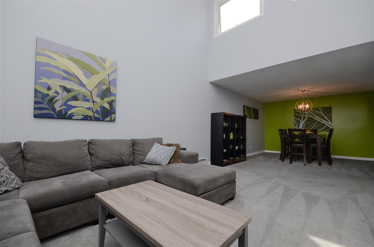 43 10172 118 Street, 2 bed, 2 bath, at $294,000