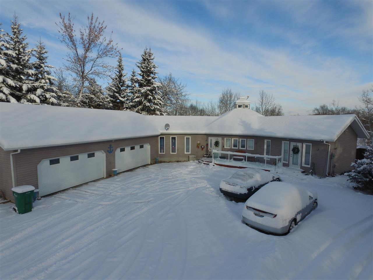 323 Smith Crescent, 2 bed, 3 bath, at $519,000