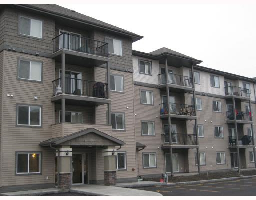 247 301 CLAREVIEW STATION Drive, 2 bed, 2 bath, at $203,000