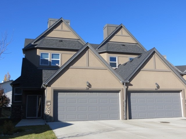 66 1720 GARNETT Point(e), 3 bed, 3 bath, at $269,900